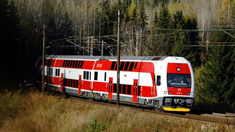 vlak, elektrická jednotka 671
