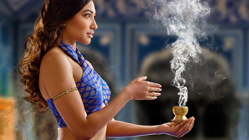 žena, exotika, kráska, Srí Lanka, India, dym,...