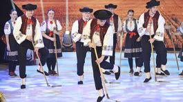 Folklorny subor Povazan  6
