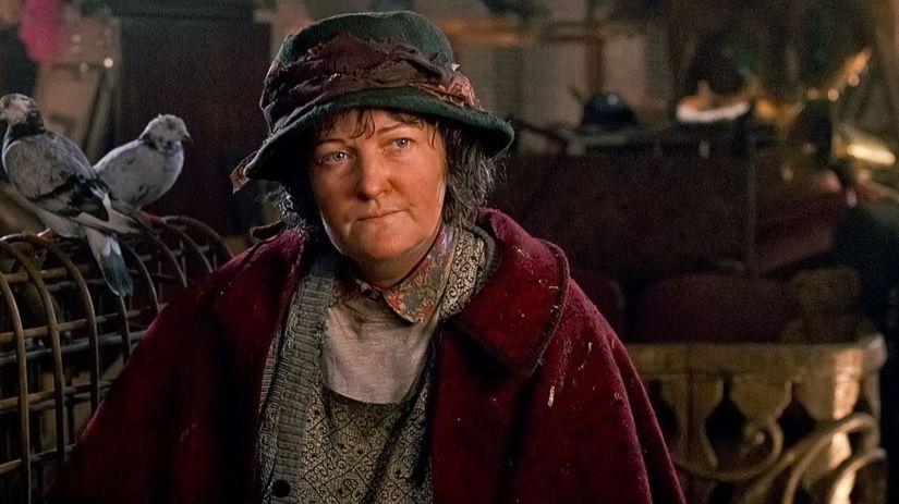 Herečka Brenda Fricker na zábere z filmu Sám...
