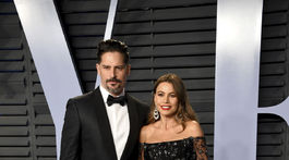 Joe Manganiello a jeho manželka Sofia Vergara na zábere z párty Vanity Fair v roku 2018.