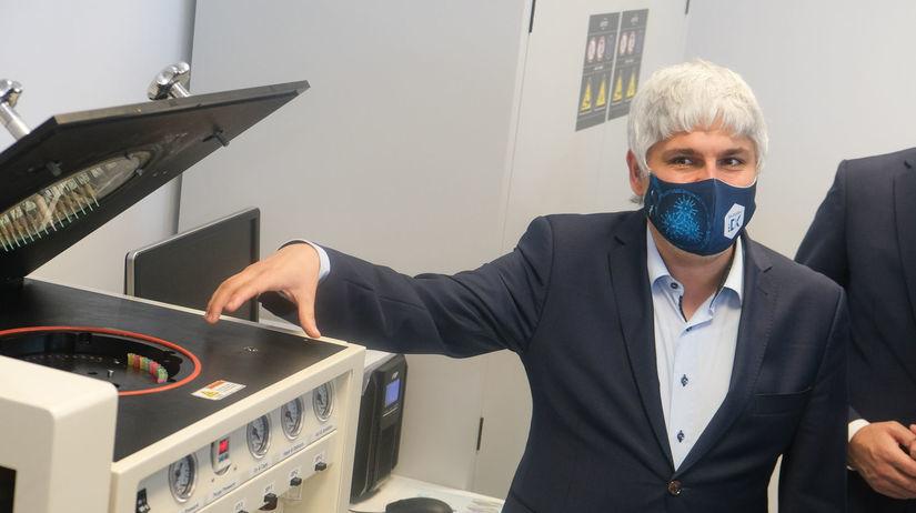Pavol Čekan, laboratórium,