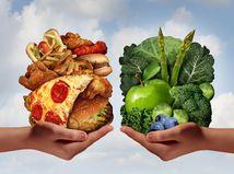 zdravá strava, fastfood, pizza, hranolky, ovocie, zelenina