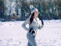 prechádzka, žena , tréning, beh, zima, príroda