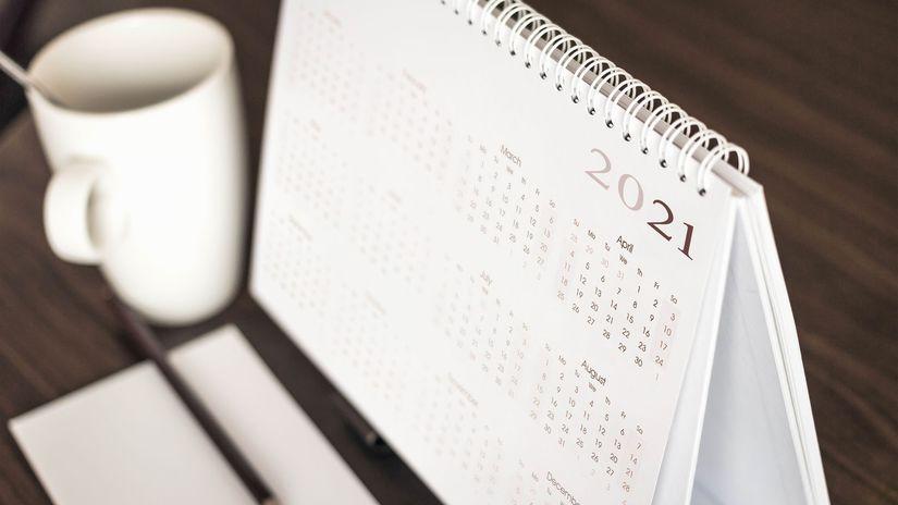 kalendár, káva, papier, ceruzka, plánovanie, 2021