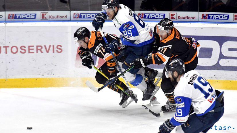 Mike Dalhuisen, Antti Erkinjuntti, Juhani Korhonen