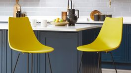 Set dvoch barových stoličiek Danetti, predáva sa v prepočte za 156 eur