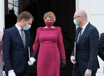 NÁZOR: (Za)chráň sa kto môžeš. S vírusom bojujú Mat a Pat