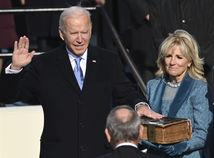 ONLINE: Biden sa stal novým prezidentom USA, krajina sa vracia ku klimatickej dohode