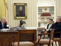 Michael Flynn / Steve Bannon / Donald Trump /
