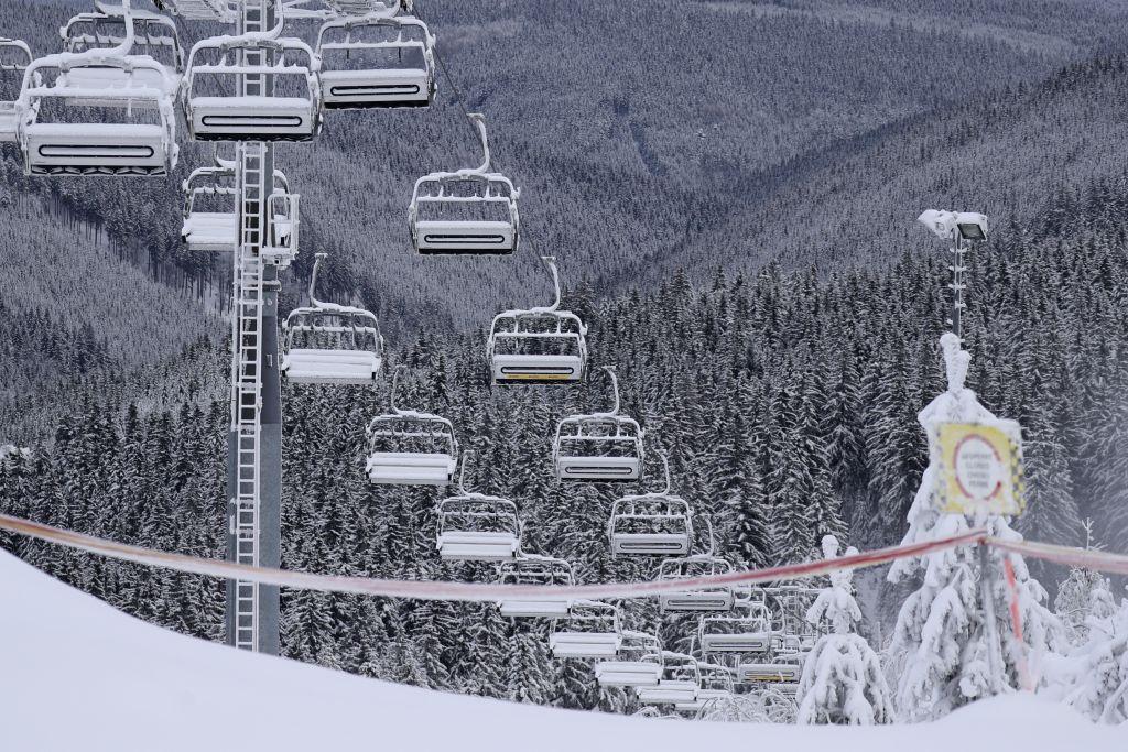 zima, sneh, lanovka, lyžovanie, lyžovačka, svah, vlek