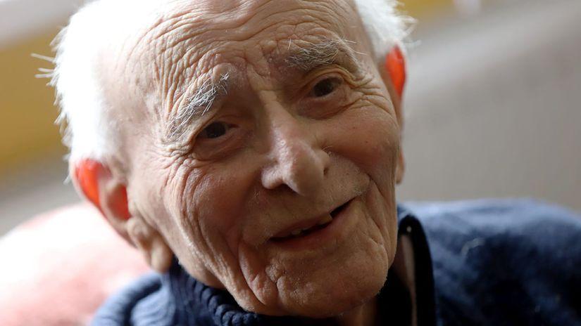 Bernard Papánek