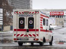 Epidémia covidu si na Slovensku vyžiadala už vyše 4-tisíc obetí