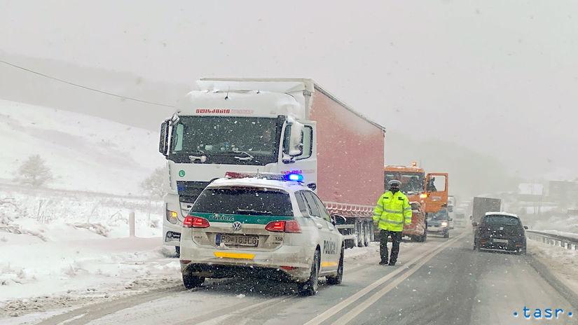 polícia sneh