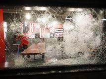 Holandsko koronavírus protesty násilie