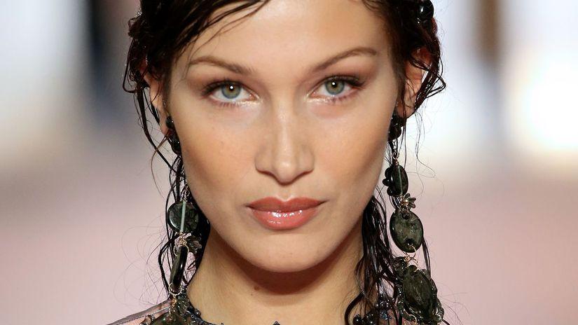 Fendi, haute couture, mejkap a vlasy, trend