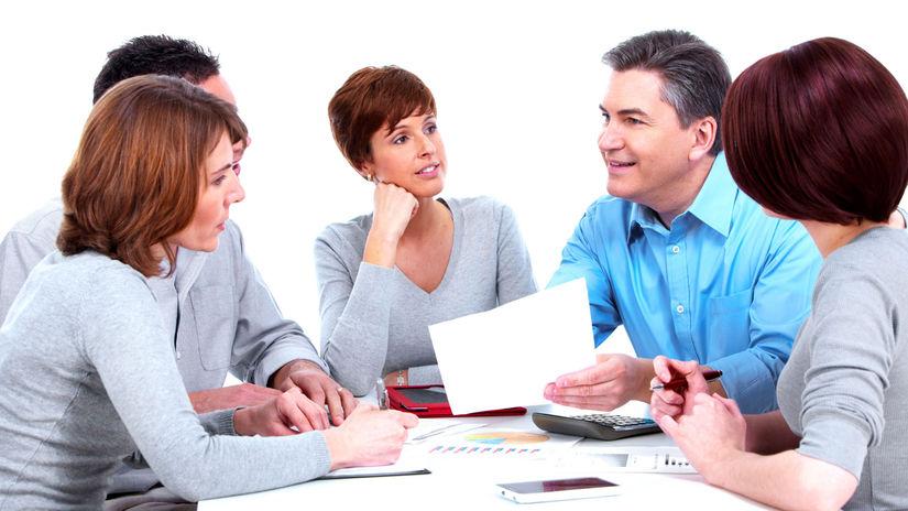 kolegovia, tím, papier, diskusia