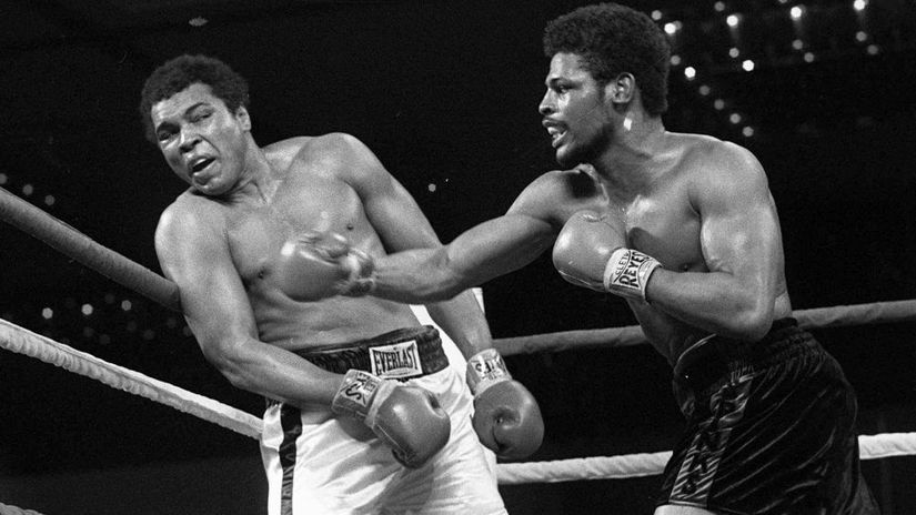 Leon Spinks, Muhammad Ali