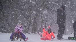 sneh, počasie, koliba,