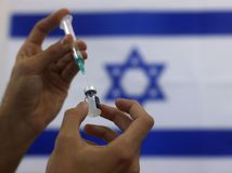 Izrael / očkovanie / covid /