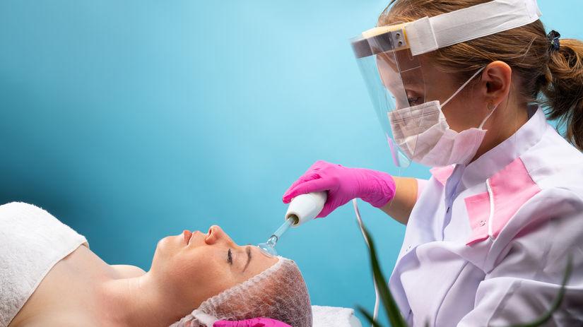 kúpele, ochranný štít, rúško, procedúra, liečenie