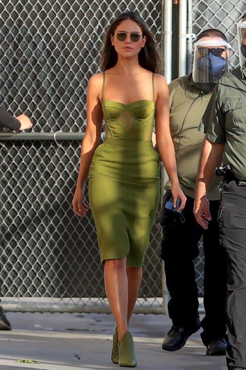 Herečka Eiza Gonzalez pred návštevou talk-šou...