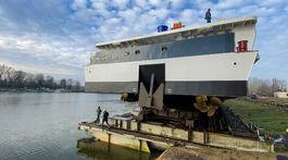 Albertina, výletná loď, kotva
