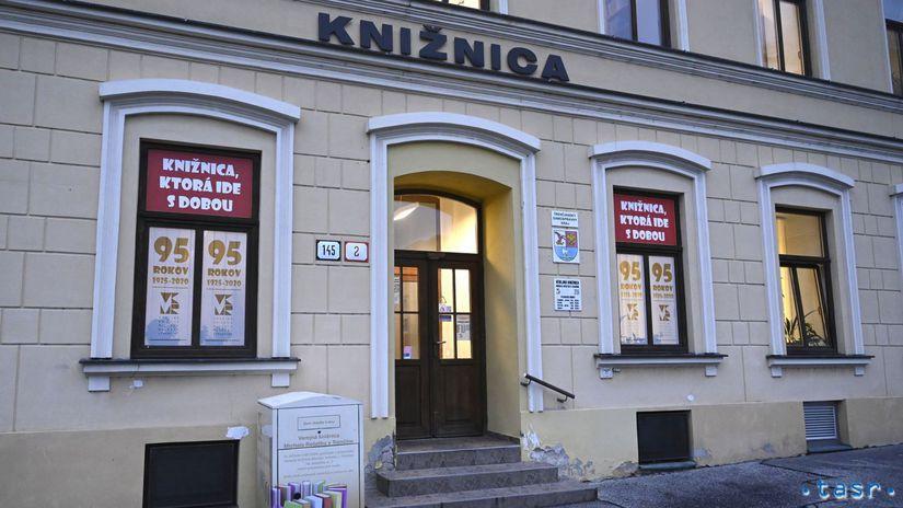 SR Trenčín knižnica verejná koronavírus...