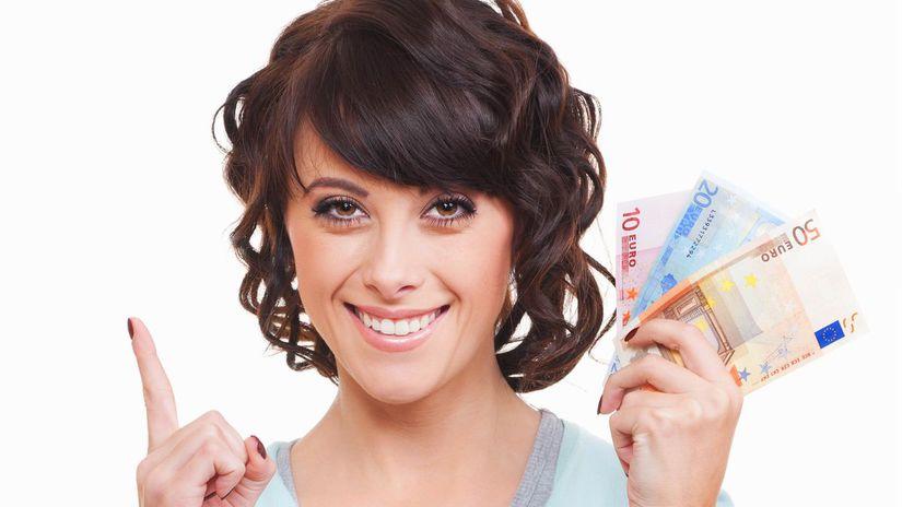 žena, ukazovanie hore, peniaze, úsmev