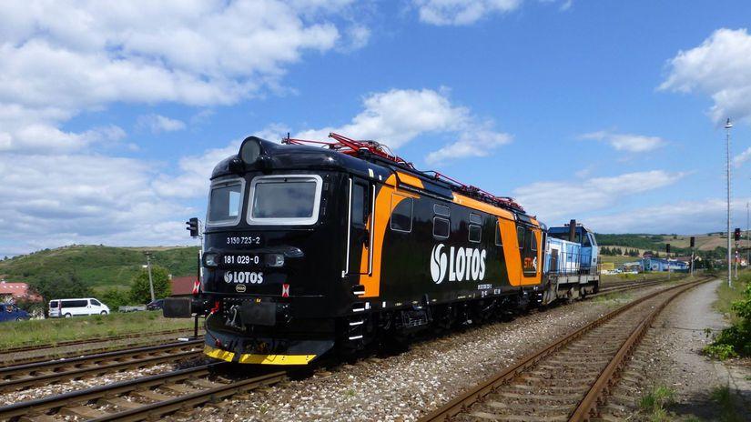 Z  OS Zvolen uz   lokomoti  vy 181 182 opravoval