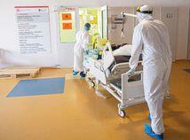 COVID-19 má na Slovensku už viac ako 7-tisíc obetí, v nemocniciach ubudlo pacientov