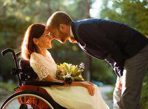 svadba, šťastie, zriedkavé choroby, invalidný vozík, nevesta