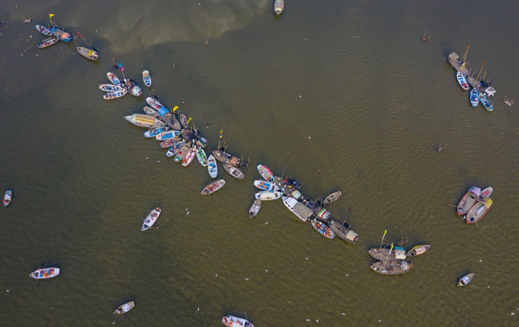 India, lode, loďky