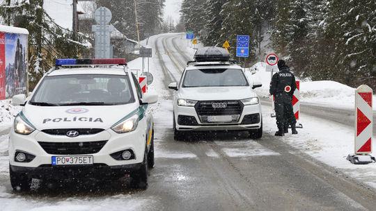 Podspády koronavírus hranice polícia kontroly