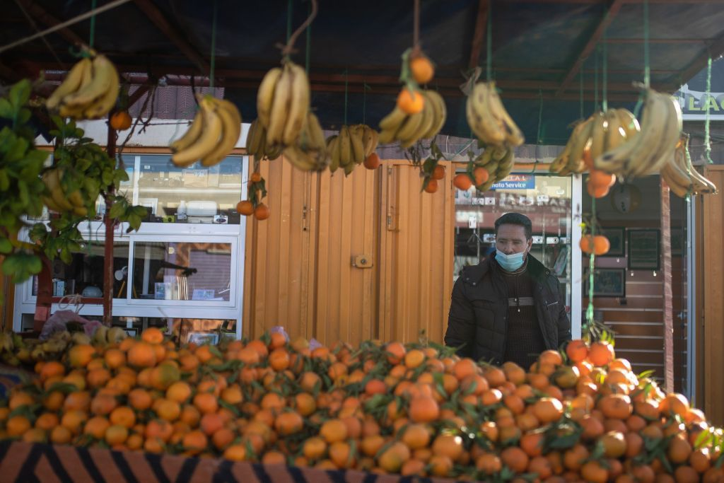Maroko, Západná Sahara, ovocie, trh, banány, pomaranče