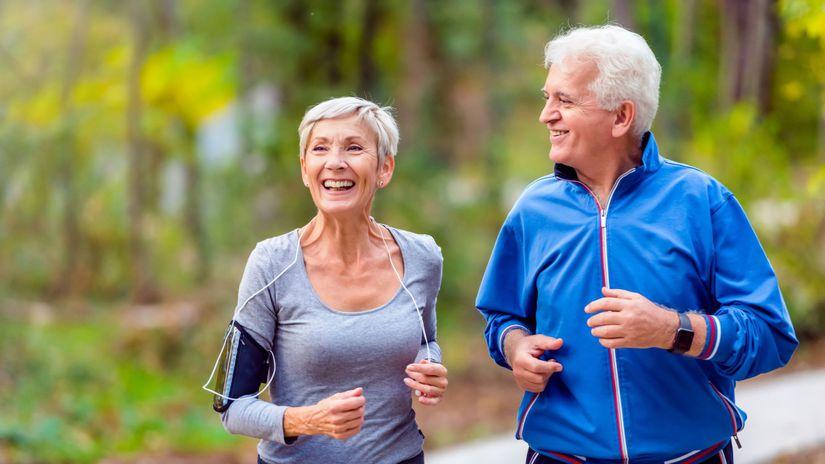 seniori, manželia, beh, šport, pohyb