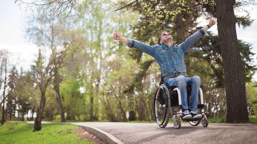 invalidný vozík, muž, radosť, ťzp, zťp