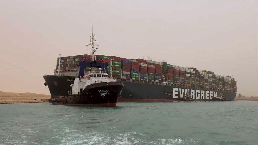 Egypt Suezský prieplav doprava blokáda nehoda