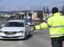 SR Košice, koronavírus, zákaz vychádzania, polícia, kontroly KE