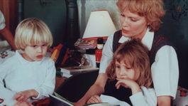 Syn Ronan, dcéra Dylan a Mia Farrowová