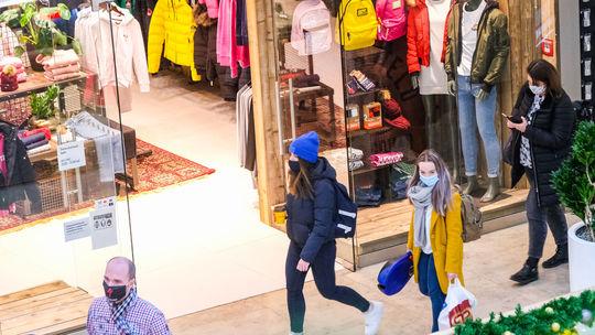 Vianoce, nákupy, OC, obchodné centrum, Eurovea,