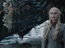 hra o tróny, emilia clarke, daenerys,
