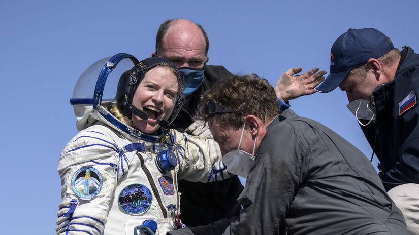 Expedition 64 Soyuz Landing