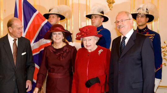 Kráľovná Alžbeta II., princ Philip, Ivan...