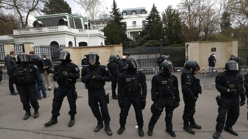 Rusko ambasáda vyhostenie protest