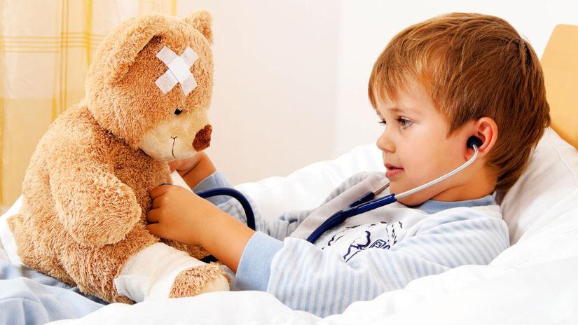 dieťa, choroba, posteľ, medvedík, leukoplast,...