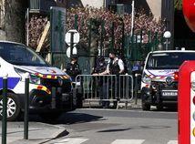 francúzsko útok nožom
