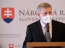 Situácia na Slovensku sa zlepšuje, zákaz vychádzania však ešte potrvá