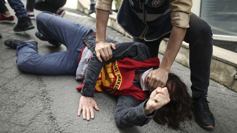 Turecko prvý máj protesty