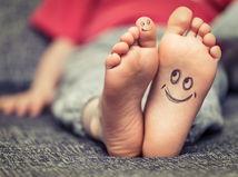 nohy, dieťa, chodidlá, smajlíky, detské nohy, nožičky